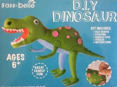 Dino's maken van vilt