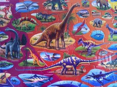 85 stukjes dinosaurussen (Larsen)