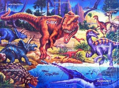 57 stukjes dinosaurussen (Larsen)