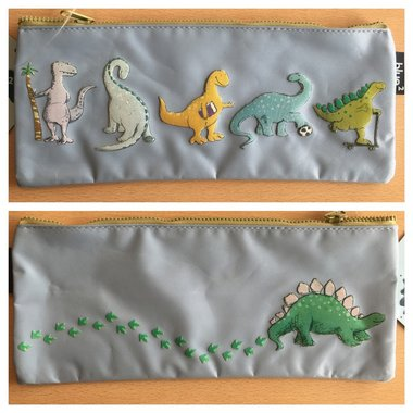 Etui dinosaurus (licht blauw)
